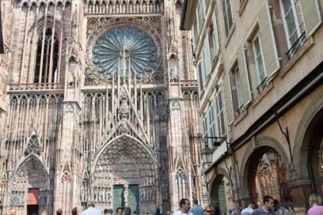 Страсбург. Нотр-Дам. Вход западного портала . Фото: Лора ЛАРСИА/Великая Эпоха