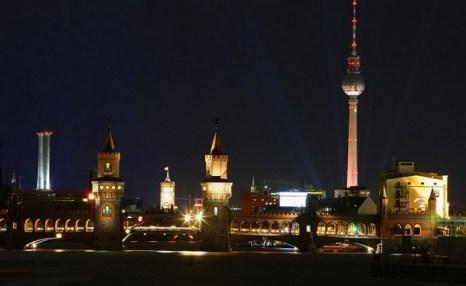 Ночь в Берлине. Фото: Getty Images