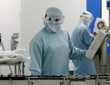 Выявлено еще пять случаев заболевания высокопатогенным гриппом.. Фото: THOMAS COEX/AFP/Getty Images