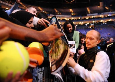 Николай Давыденко выиграл итоговый турнир года. Фото: CARL DE SOUZA/AFP/Getty Images