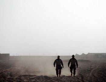 Согласно докладу, опубликованному Управлением ООН по борьбе с наркотиками и преступностью, Афганистан производит 92% всего опиума в мире. Фото  Joe Raedle/Getty Images