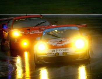 Porsche 911,  Ferrari 430.  Фото:  Darrell Ingham/Getty Images