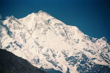 Высокогорные пейзажи в царстве восьми тысяч метров. Фото: Бернд Крегель