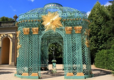 Сетчатый павильон у дворца Сан-Суси. Фото: Ирина Рудская/ The Epoch Times