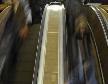 Московское метро в час пик. Фото РИА Новости