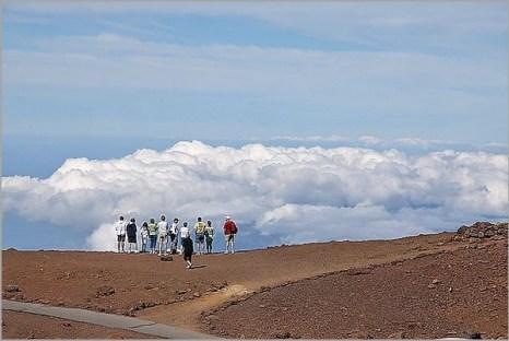 На вершине Халеакала, самого  высокого в мире спящего вулкана высотой 3 055 метров. Фото: Michael Varga