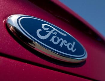 Ford Motor Co отзывает тысячи своих автомобилей из-за опасности возгорания. Фото: David Paul Morris/Getty Images