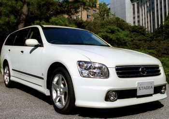 Самым популярным цветом автомобиля вновь стал белый. Фото: Koichi Kamoshida/Getty Images