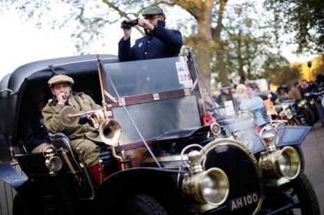 Ралли ветеранов Королевского автомобильного клуба началось в Лондоне 3 ноября 2013 года. Фото: Matthew Lloyd / Getty Images