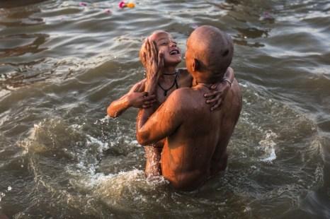 Необходимость участия отца в развитии и воспитании ребенка. Фото: Daniel Berehulak/Getty Images