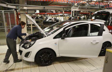 Автомобильные заводы Opel в Айзенах (Германия) начали производство новой небольшой машины Adam 10 января 2013 г. Это единственное место сборки этой марки автомобиля. Фото: Sean Gallup/Getty Images