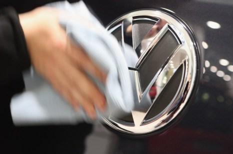 На выставке автомобилей концерна Volkswagen в Берлине 14 января 2013 г. Фото: Sean Gallup/Getty Images