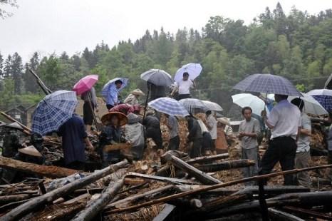 На юге Китая произошли сильные наводнения. 6 мая 2010 год. Фото c epochtimes.com