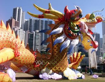 В китайской мифологии дракон считался символом весны и востока.Фото: ROBYN BECK/AFP/Getty Images