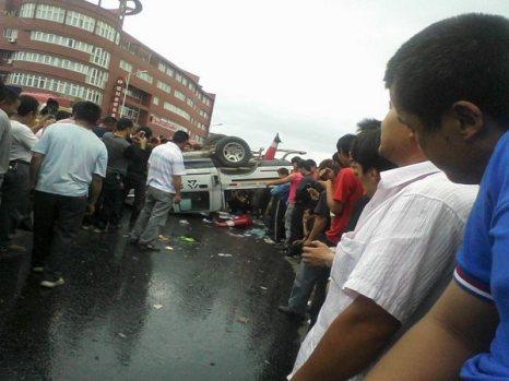 Фото с места событий. Город Вэньчжоу провинции Чжецзян. 5 июня 2010 год. Фото с epochtimes.com