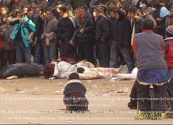 Застреленные во время протестов тибетцы. Март 2008 год. Фото с epochtimes.com