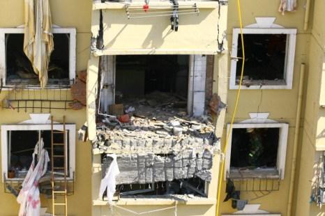 Фоторепортаж с места взрыва газа в жилом доме города  Далянь. Фото: ChinaFotoPress/Getty Images