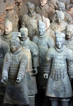 Китайская Терракотовая армия многими считается восьмым чудом света. Фото: GOH CHAI HIN/AFP/Getty Images