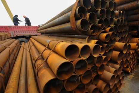 В Китае снова снизились цены на сталь. Фото: (STR/AFP/Getty Images)
