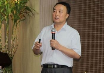 Профессор Цун Жиюнь. Фото с kanzhongguo.com