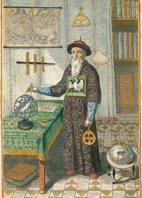 Немец Иоганн Адам Шаль фон Белл был отправлен в Китай в качестве миссионера-иезуита католической церкви. Он ходил в одежде династии Цин, соблюдал китайские ритуалы и вёл китайский образ жизни. Фото: Nishanshaman/Wikipedia