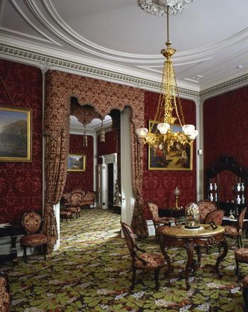 Роскошный интерьер Белого дома Конфедерации. Фото: Virginia Tourism