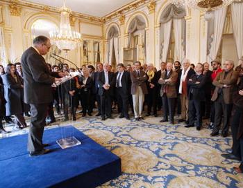 Министр культуры Франции Фредерик Миттеран выступил с речью на церемонии открытия Каннского кинофестиваля. Фото: FRANCOIS GUILLOT/AFP/Getty Images
