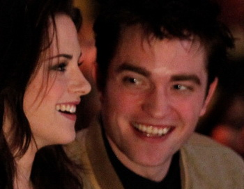 Актеры Кристен Стюарт и Роберт Паттинсон. Фото: Christopher Polk/Getty Images for PCA