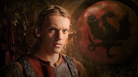 Сериал «Камелот». Джейми Кэмпбелл Бауэр (король Артур) в сериале «Камелот». Фото с сайта kinokritik.com