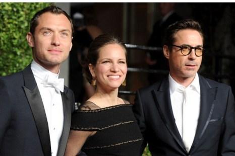 Роберт Дауни мл., Джуд Лоу и Сюзан Дауни на церемонии вручения призов Киноакадемии США «Оскар». 2011 год. Фото: Pascal Le Segretain/Getty Images