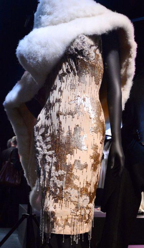 Шифоновое платье героини Мэрилин Монро из комедии «В джазе только девушки». Фото: BEN STANSALL/AFP/Getty Images