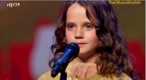 Девятилетняя Амира Виллихаген на шоу «Голландия ищет таланты». Фото: YouTube