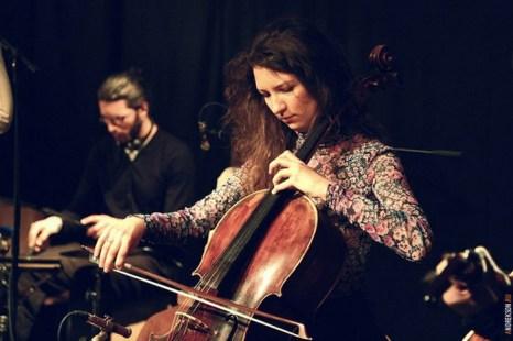 Ольга Кирьянова - виолончель. Фото: Анастасия Андрексон