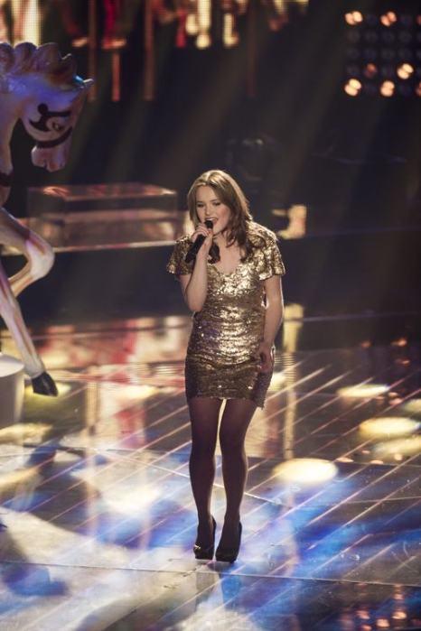 Каро Тричлер (Caro Trischler) выступила в полуфинале конкурса «Голос Германии» 13 декабря 2013 года в Берлине. Фото: Timur Emek/Getty Images