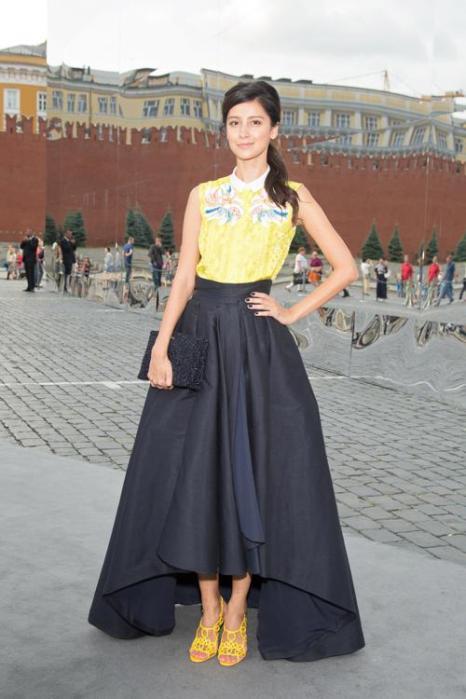 Равшана Куркова посетила закрытый показ Christian Dior на Красной площади в Москве 9 июля 2013 года. Фото: Victor Boyko/GettyImages for Dior