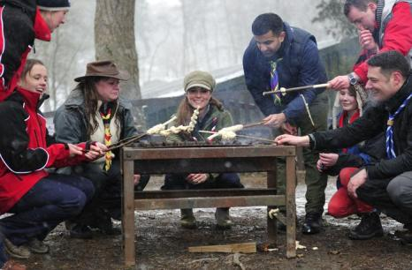 Герцогиня Кембриджская посетила скаутский лагерь. Фото: Andy Stenning WPA - Pool/Getty Images