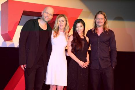 Бред Питт и Анджелина Джоли прибыли на премьеру фильма «Мировая Война Z» в Токио (Япония) 29 июля 2013 года. Фото: Ken Ishii/Getty Images for Paramount Pictures