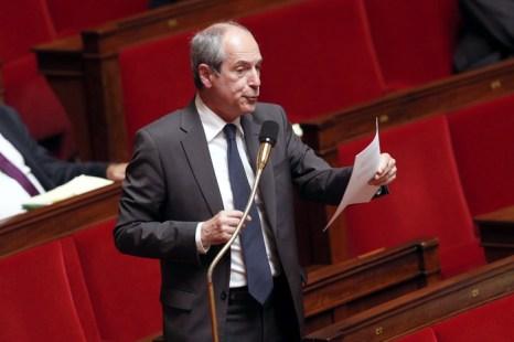 Депутат французского парламента Гай Жоффруа выступает перед голосованием за законопроект о прозрачности в политической жизни. Фото: FRANCOIS GUILLOT/AFP/Getty Images