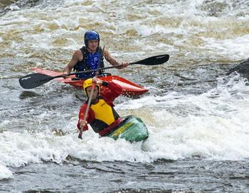 Экстремальный туризм на реке Вуокса. Фото РИА Новости