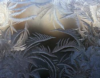 Морозные узоры. Фото с сайта liveinternet.ru