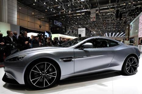 Новый Aston Martin Vanquish на автосалоне в Женеве 5 марта 2013 года. Фото: Harold Cunningham/Getty Images