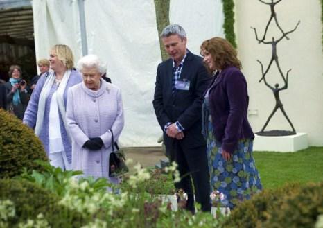 Королева Елизавета II на юбилейной королевской выставке цветов в Челси. Фото: Geoff Pugh - WPA Pool/Getty Images