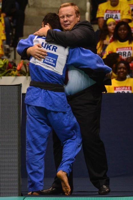 Российский спортсмен Михаил Пуляев встретился на чемпионате мира по дзюдо с украинцем Георгием Зантарая в борьбе за бронзу 27 августа 2013 года в бразильской столице Рио-де-Жанейро. Фото: YASUYOSHI CHIBA/AFP/Getty Images