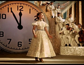 «Карнавальная ночь», кадр из фильма.  Фото с сайта nonamo