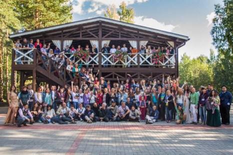 Общий снимок всех участников фестиваля. Фото: Сергей Лучезарный/Великая Эпоха (The Epoch Times)