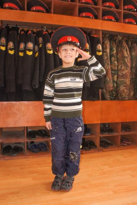 Маленький посетитель шестилетний Богдан. Фото: Андрей Михайловский/Великая Эпоха (The Epoch Times)