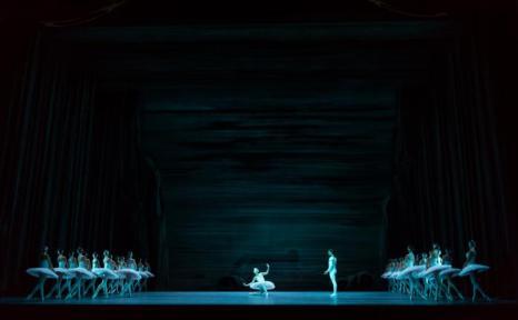 Юбилейные гастроли Балетной труппы Государственного академического Большого театра (ГАБТ) начались в лондонском Королевском театре в Ковент-Гардене 29 июля 2013 года. Фото: Ian Gavan/Getty Images