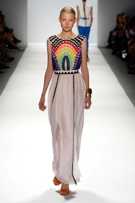 Известный американский дизайнер Мара Хоффман представила яркую этническую коллекцию Mara Hoffman показа сезона весна 2014 на нью-йоркской Неделе моды 7 сентября 2013 года. Фото: Frazer Harrison/Getty Images for Mercedes-Benz Fashion Week Spring 2014