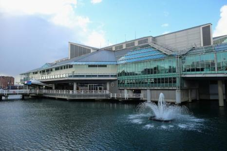 Торговый центр «Набережная Принца» на реке в английском городе Халл, ставшим Городом культуры Великобритании 2017. Фото: Christopher Furlong/Getty Images