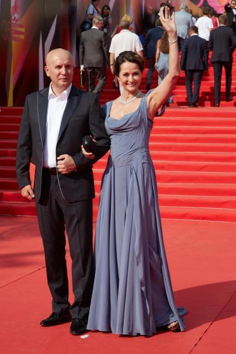 Ольга Кабо посетила закрытие кинофестиваля в Москве 29 июня 2013 года. Фото: Oleg Nikishin/Getty Images for Artefact